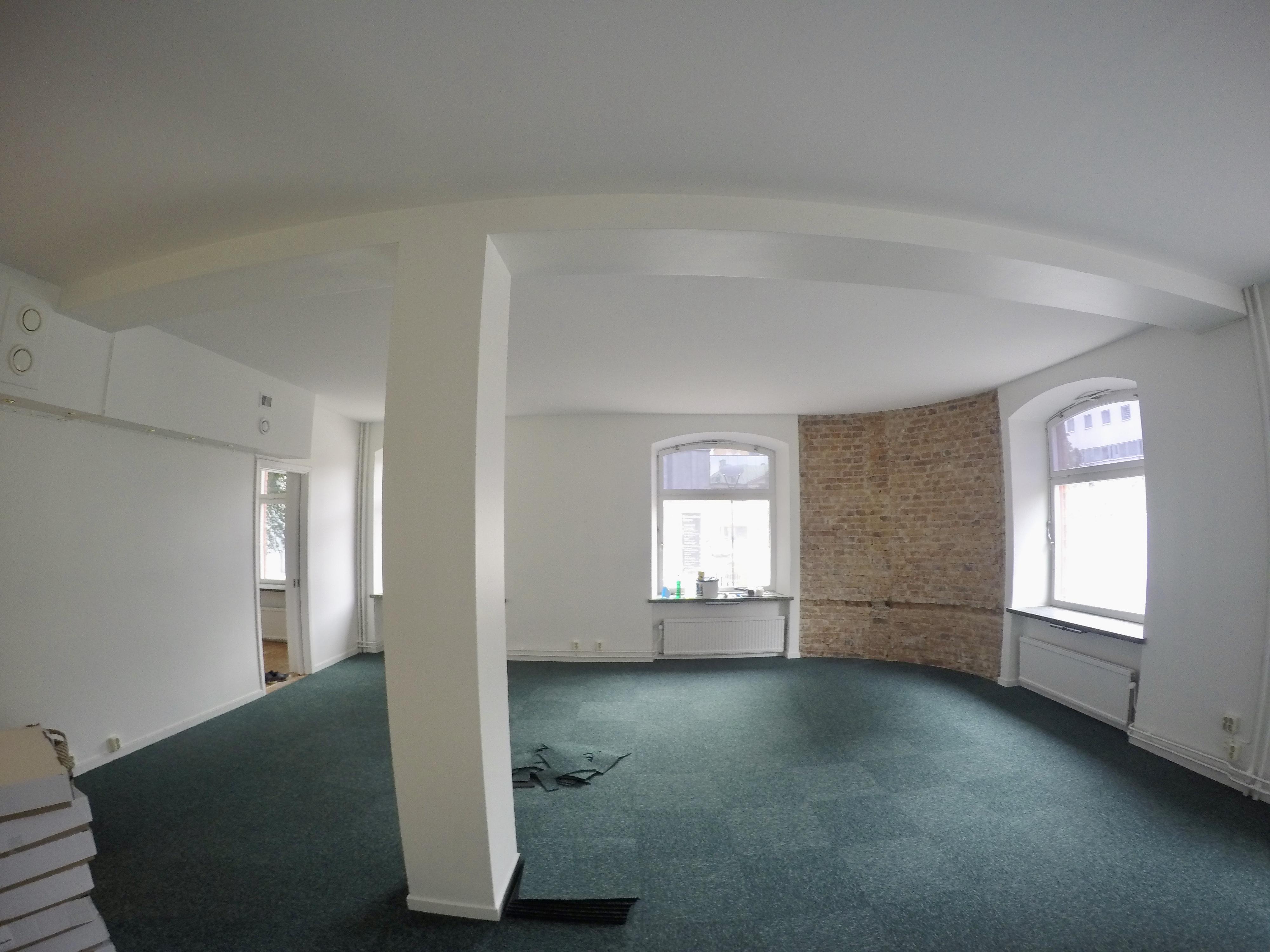 Målning & Tapetsering Golvläggning Dörrar och Fönster Takläggning Utomhusmålning